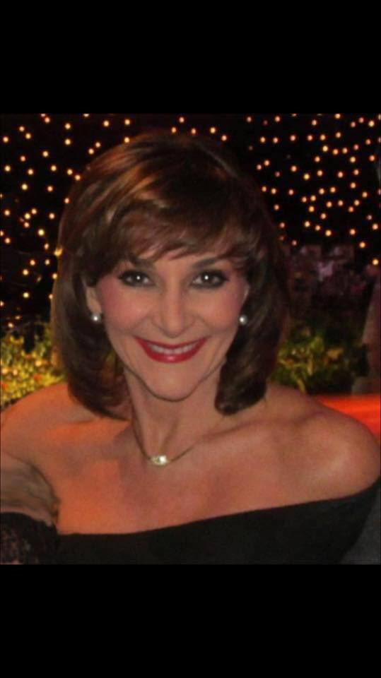 how tall is shirley ballas