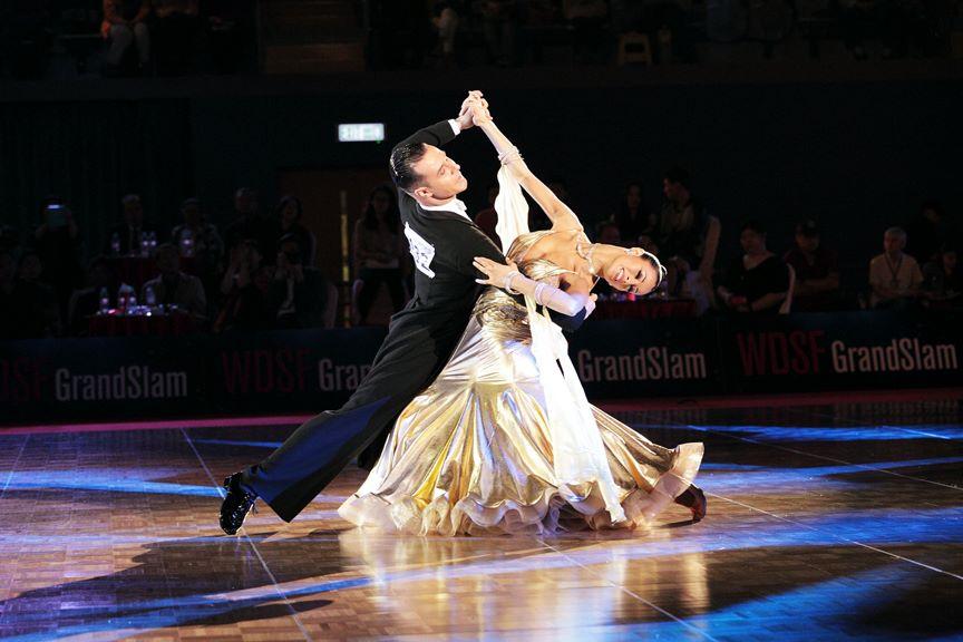 Dancesport on Foxtrot Dancers